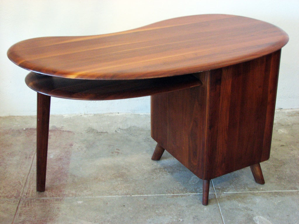 Mid-Century Modern Free-Form Desk in Solid Walnut by Carl Bissman For Sale 1