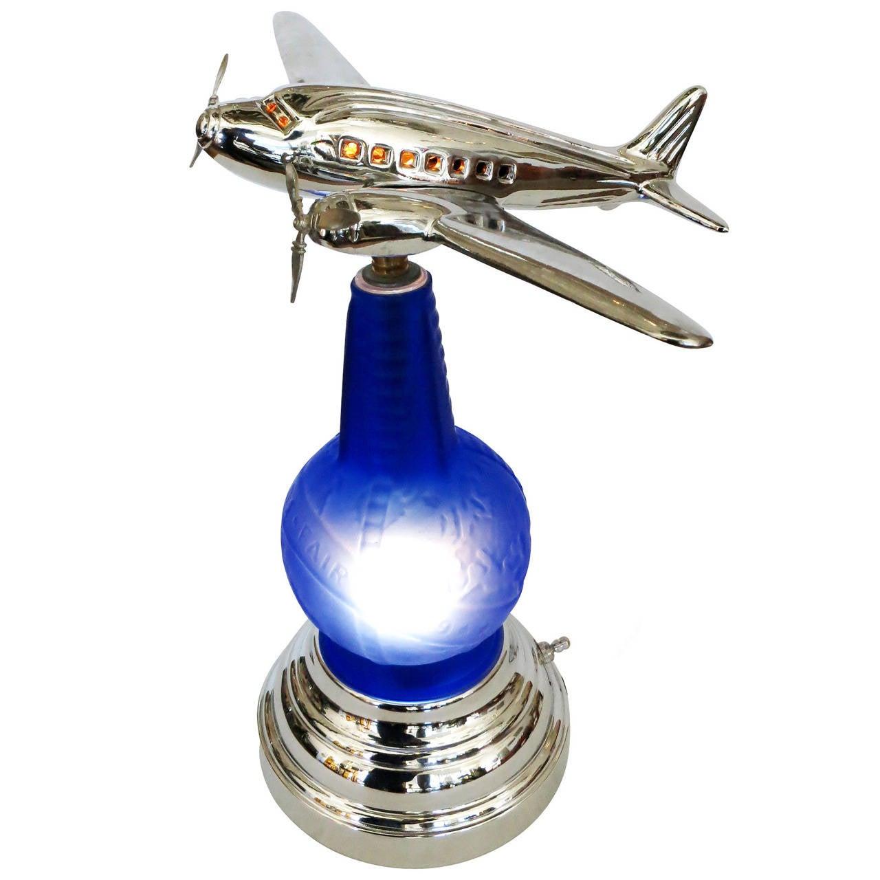 1939 Worlds Fair Light Up Bottle Airplane Lamp 1 - 1939 Worlds Fair Light Up Bottle Airplane Lamp For Sale At 1stdibs