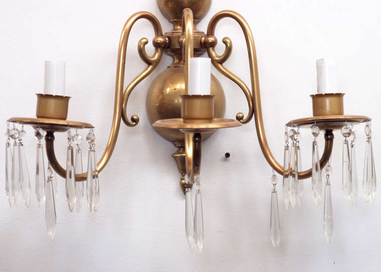 Colonial Electric Wall Sconces : American Colonial Brass Wall Sconce ** Saturday Sale** For Sale at 1stdibs
