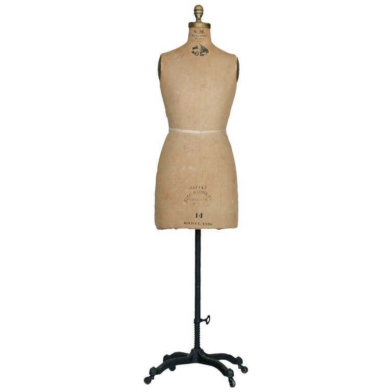 Dressmaker form for sale: UK Size 8 Dressmaking Mannequin Form Dummy: 20 £ | Vintage style wire mannequin, shabby chic, ornamental dressmakers form: 20 £ | Ret.