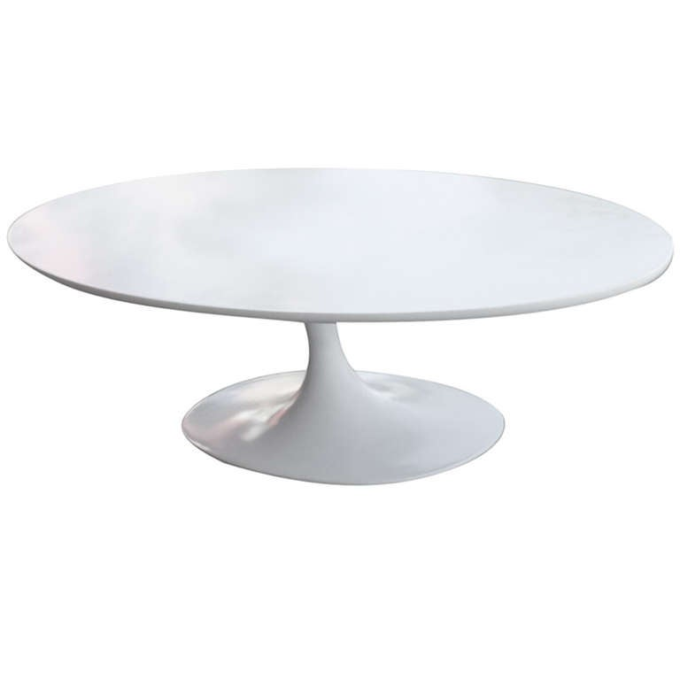 Oval Tulip Coffee Table: 5' Foot Oval Tulip Coffee Table By Eero Saarinen For Knoll