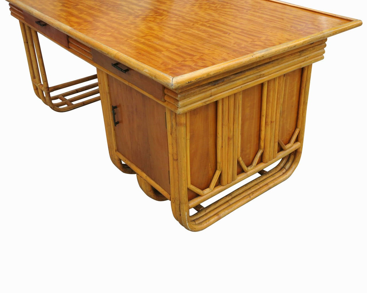 Restored Large Jean Royère Style Streamline Rattan Executive Desk In Excellent Condition For Sale In Van Nuys, CA