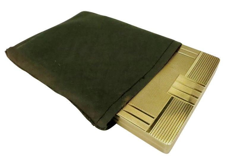 18-Carat Gold Art Deco Cigarette Case For Sale 2