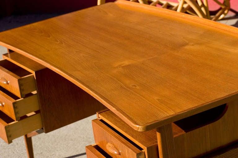 Danish Teak Desk in the Style of Kai Kristiansen For Sale 1