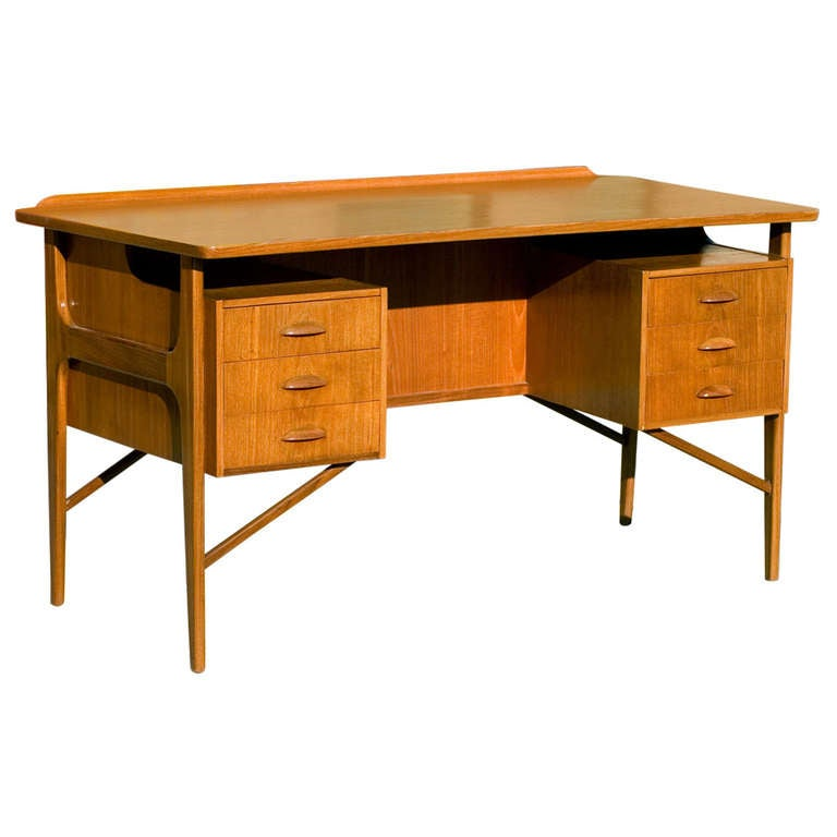 Danish Teak Desk in the Style of Kai Kristiansen **Saturday Sale** For Sale