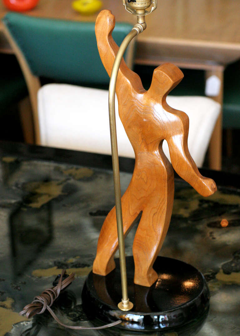 Mid-20th Century Heifetz Style Hand-Carved Male Figural Table Lamp For Sale