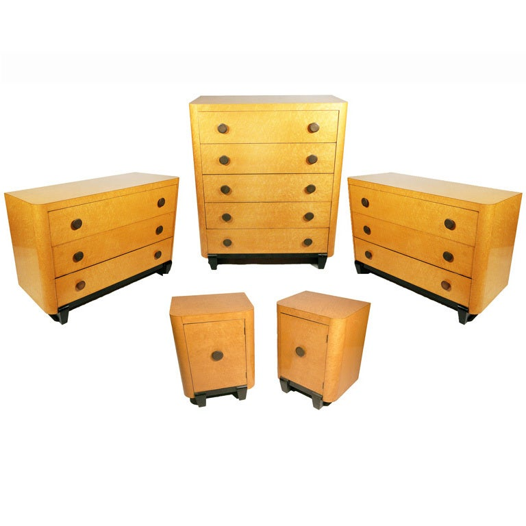Art Deco Bedroom Set in Bird\'s-Eye Maple For Sale at 1stdibs