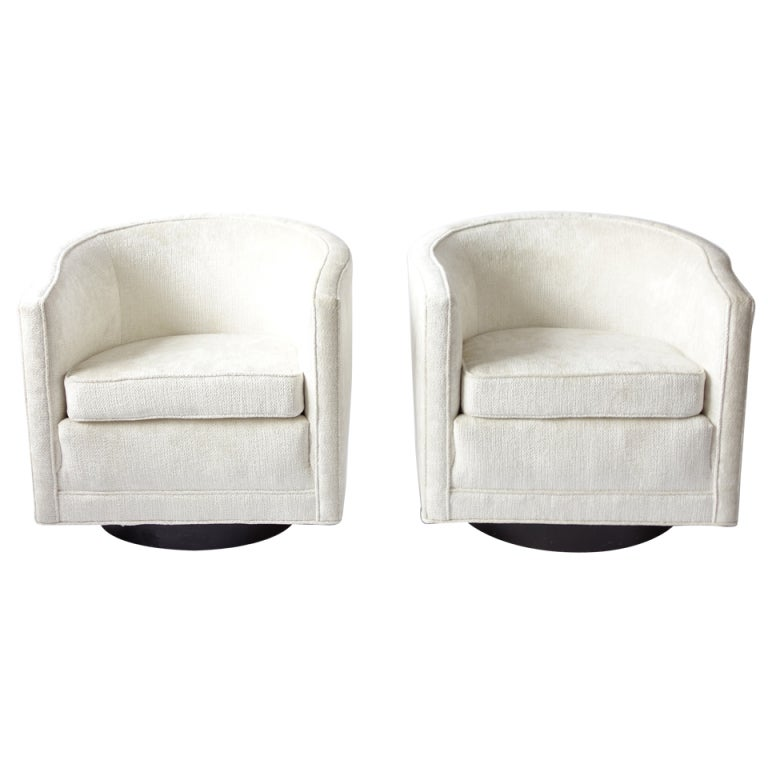 Modern classic lounge chair - Pair Of Swivel Chairs By Edward Wormley For Dunbar At 1stdibs