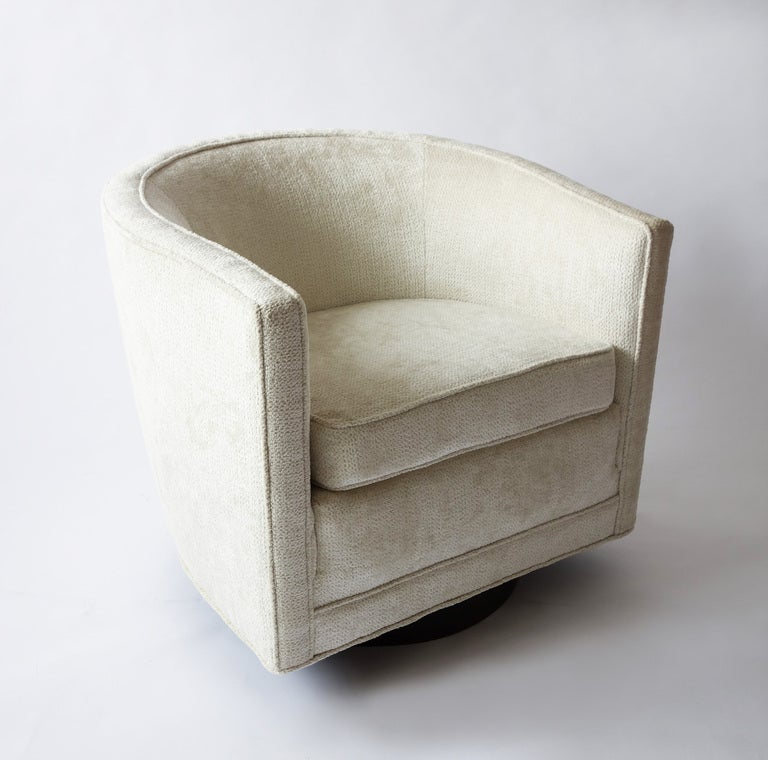 Pair of Swivel Chairs by Edward Wormley for Dunbar at 1stdibs