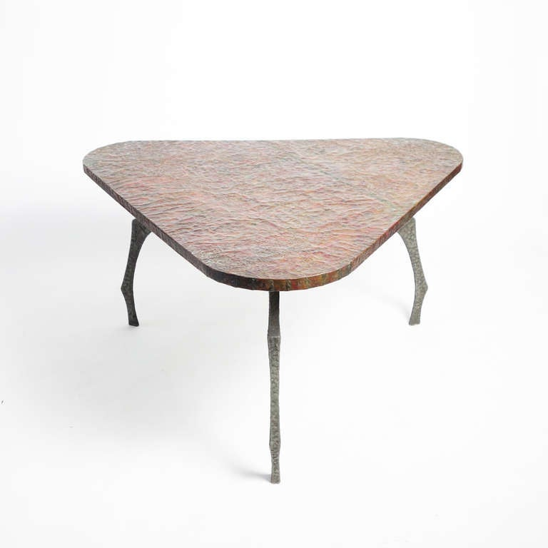Brutalist Sculptural Hammered Copper Center Table In Excellent Condition For Sale In New York, NY