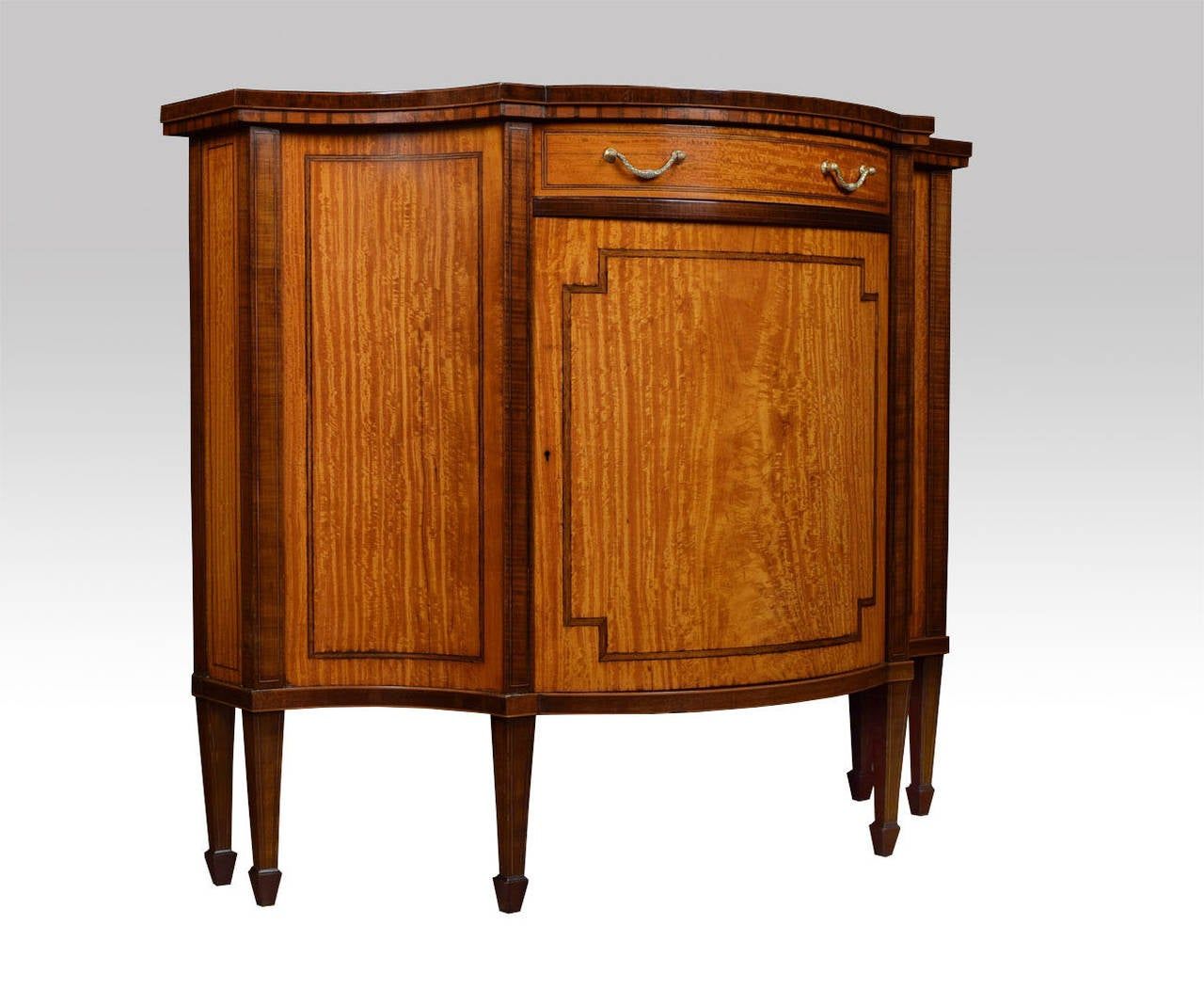 Sheraton Revival Inlaid Serpentine Fronted Cabinet 2
