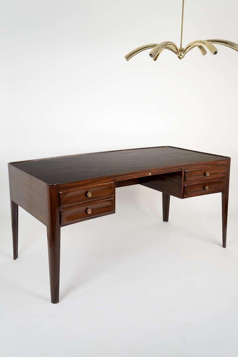 Mahogany desk by osvaldo borsani for arredamenti borsani for Damiano arredamenti