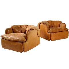 """Pair of """"Confidential"""" armchairs by Alberto Rosselli"""