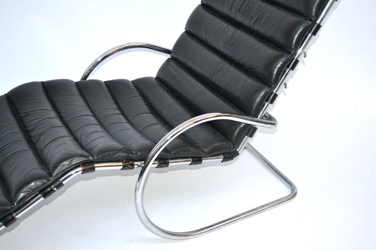 Chaise longue of mies van der rohe at 1stdibs - Mies van der rohe chaise ...