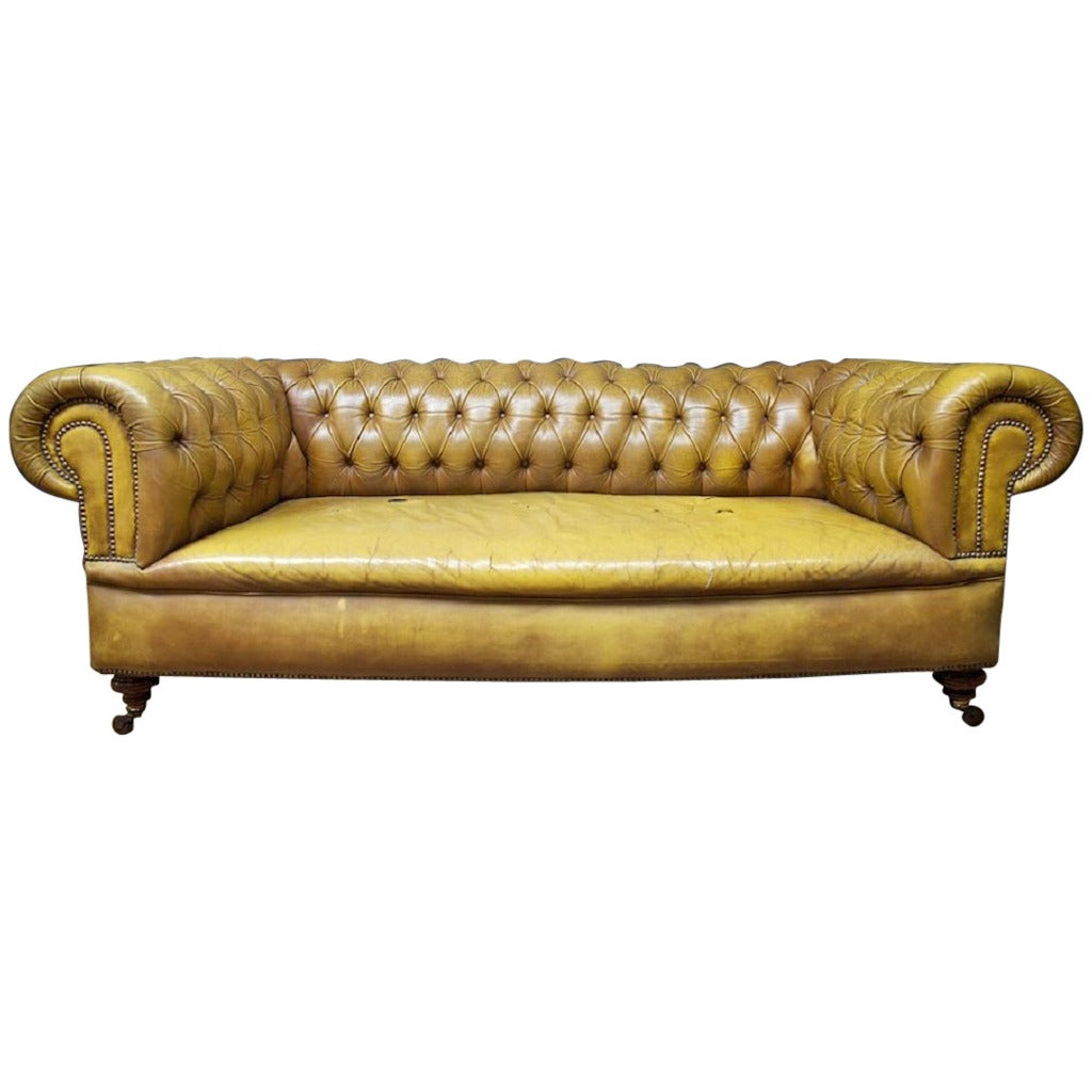 Leather chesterfield sofa at 1stdibs Leather chesterfield loveseat