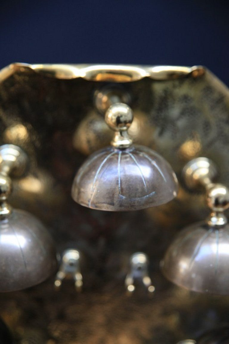 Servants Bell image 3