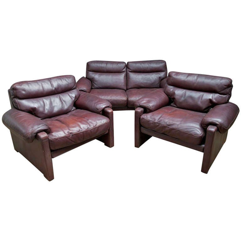 Plum De Sede Two Seater Sofa And Chairs At 1stdibs