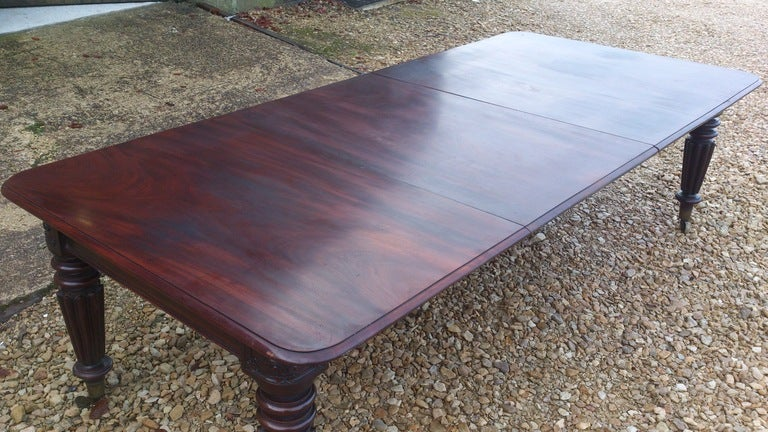 British Mahogany Dining Table For Sale
