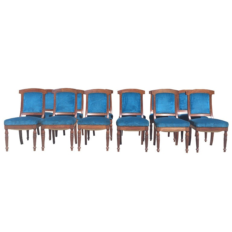 Set of 12 comfortable dining chairs from 1860 for sale at for Comfortable chairs for sale