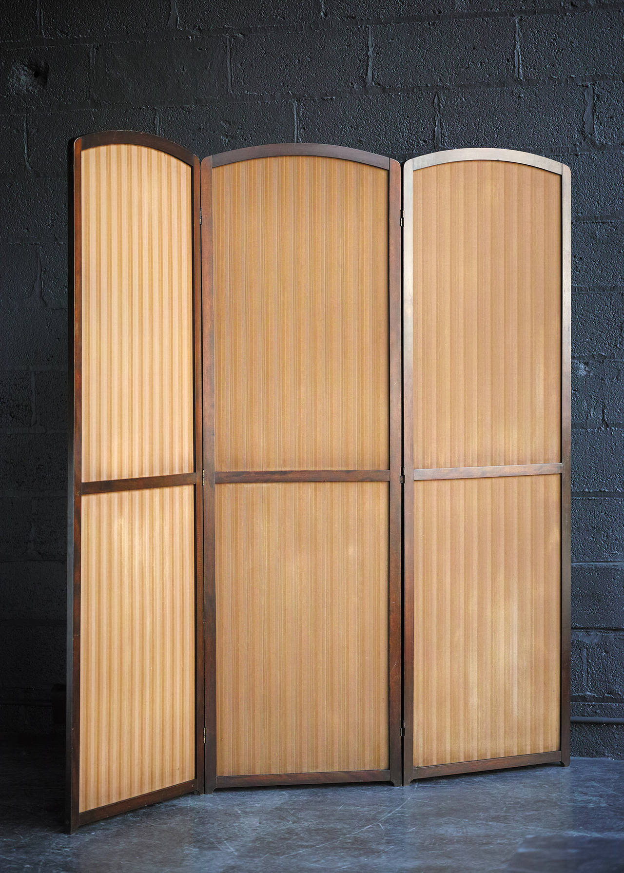 Three-Panel Folding Screen In Good Condition For Sale In Brooklyn, NY
