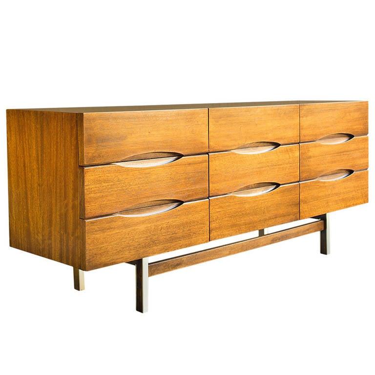American of martinsville long dresser at 1stdibs for Vintage american martinsville bedroom furniture