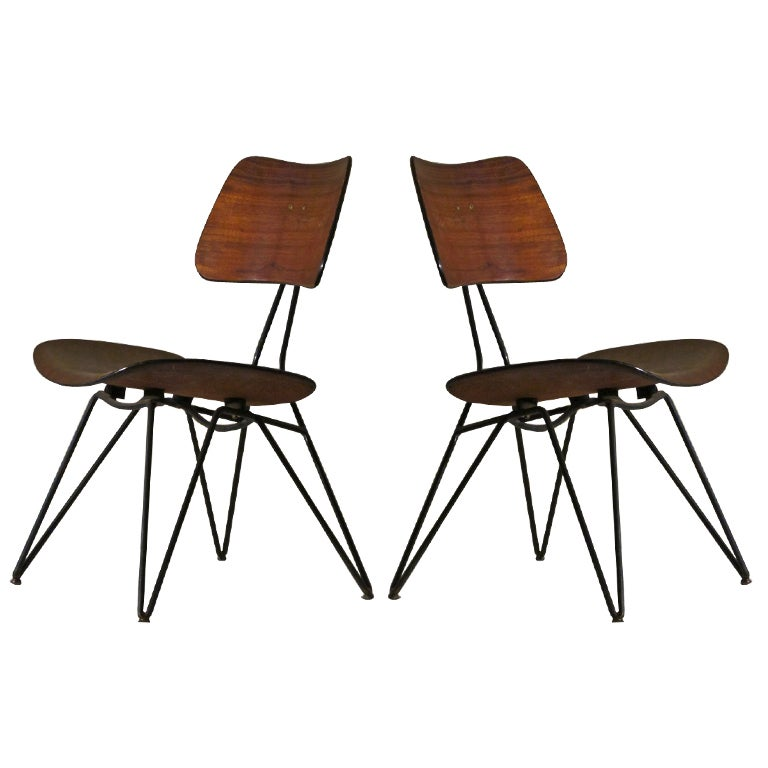Pair of chairs design gio ponti for sale at 1stdibs for Sedie industrial design