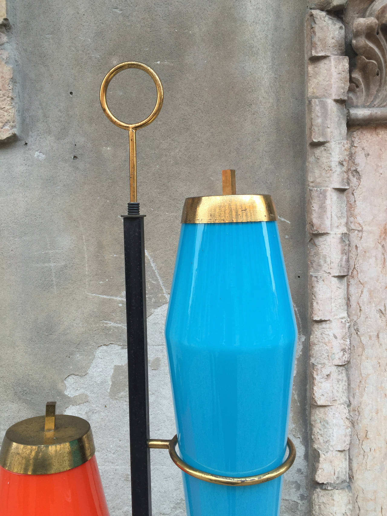 Floor lamp, design Vistosi, 1950, metal painted black and brass, colored glass and by the company based material Vistosi Venice. in perfect condition.