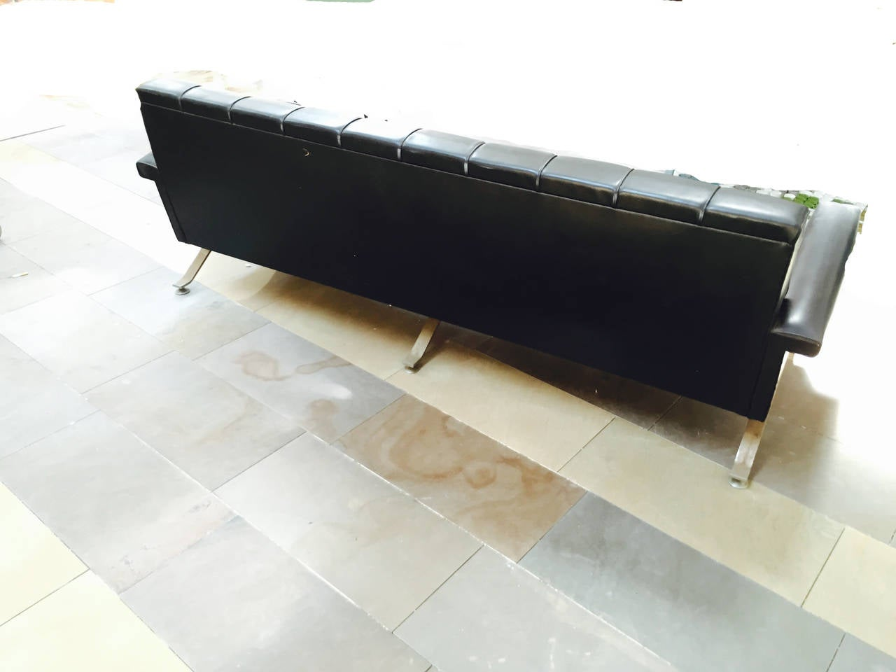 Rare sofa of 1960s by Ico Parisi for Cassina model 878. Structure in chromed metal and imitation leather original, to be restored, completely original in its parts.