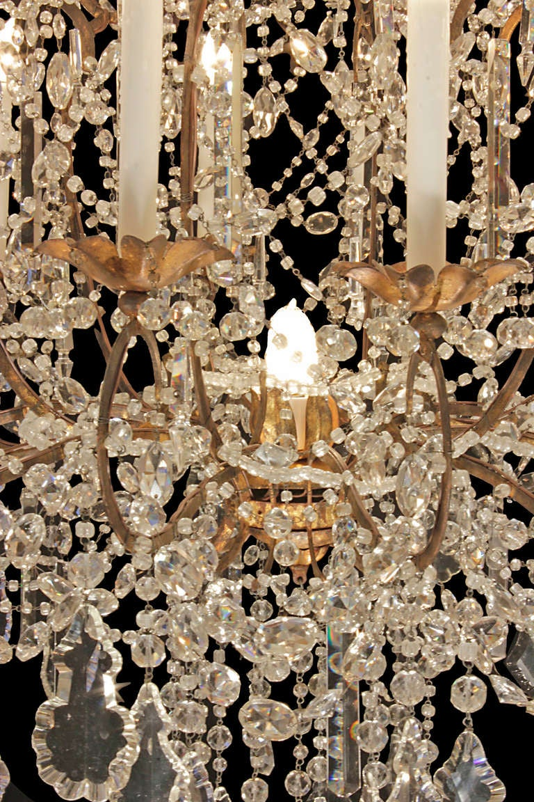 Italian Late 18th or Early 19th Century Patinated Gilt Metal and Crystal Chandelier 7