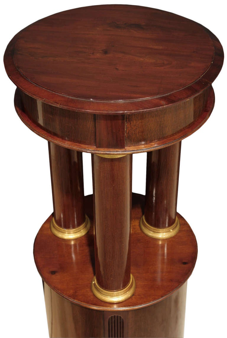 Pair of French Mid-19th Century Empire Style Mahogany and Ormolu Pedestals For Sale 1