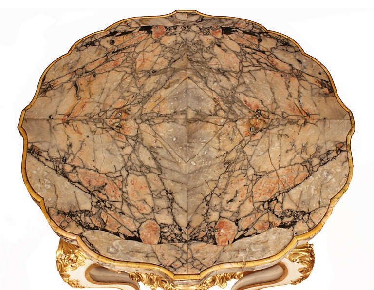 Italian Early 19th Century Louis XV Style Patinated and Gilt Center Table For Sale 1