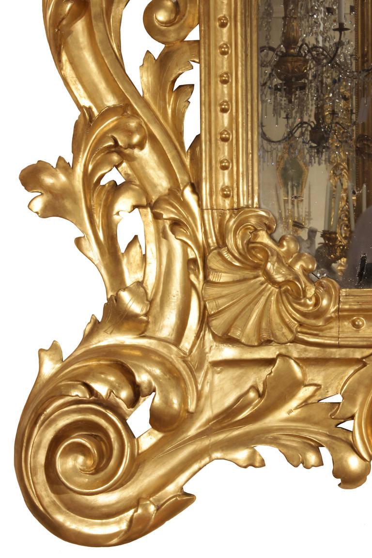 Wood Italian 19th Century Rococo Style Giltwood Mirror For Sale