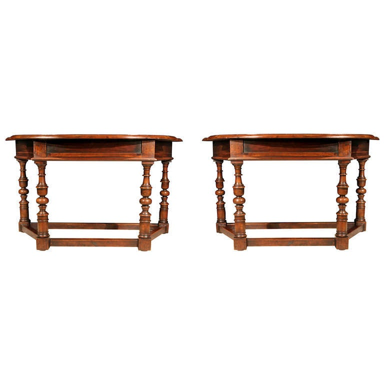 A Pair Of  Italian 18th Century Tuscan Consoles In Walnut