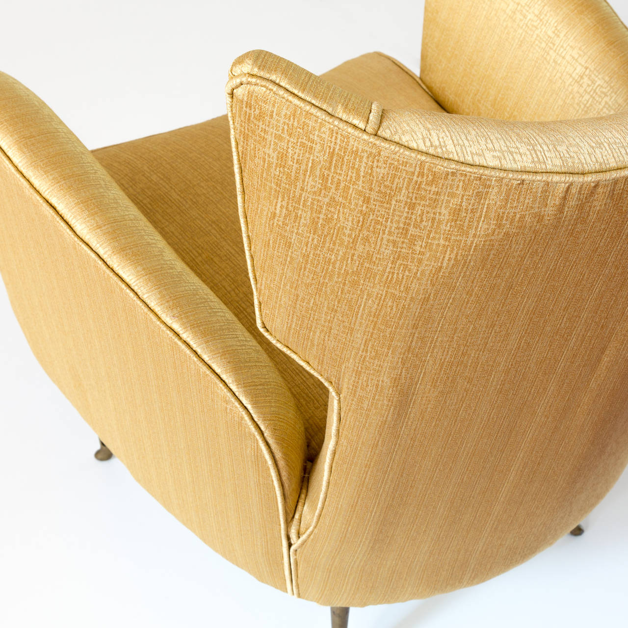 Mid-20th Century Elegant Italian Modern Yellow Armchair by Isa Bergamo, 1950 For Sale