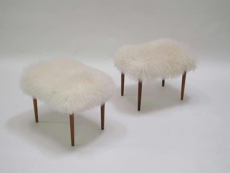 Mongolian Lamb Longhair Fur Ottomans 6