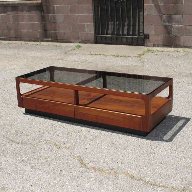 Mid Century Coffee Table John Keal For Brown Saltman At: John Keal For Brown Saltman Walnut Coffee Table At 1stdibs