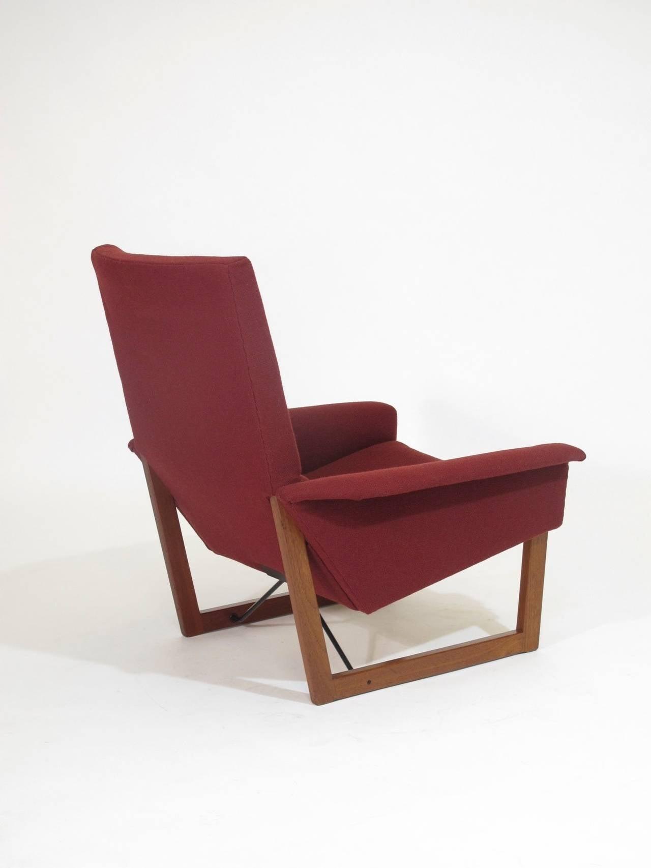 Illum Wikkelso Danish Lounge Chair at 1stdibs
