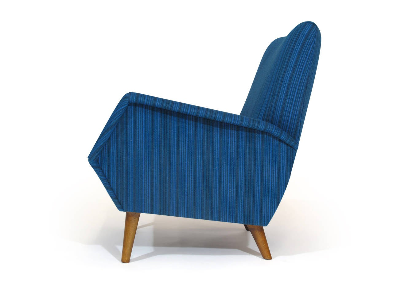 Gio Ponti lounge chair for Cassina, model 803, circa 1954.  Finely reupholstered in a vintage teal wool fabric.  Fabric sample available upon request.