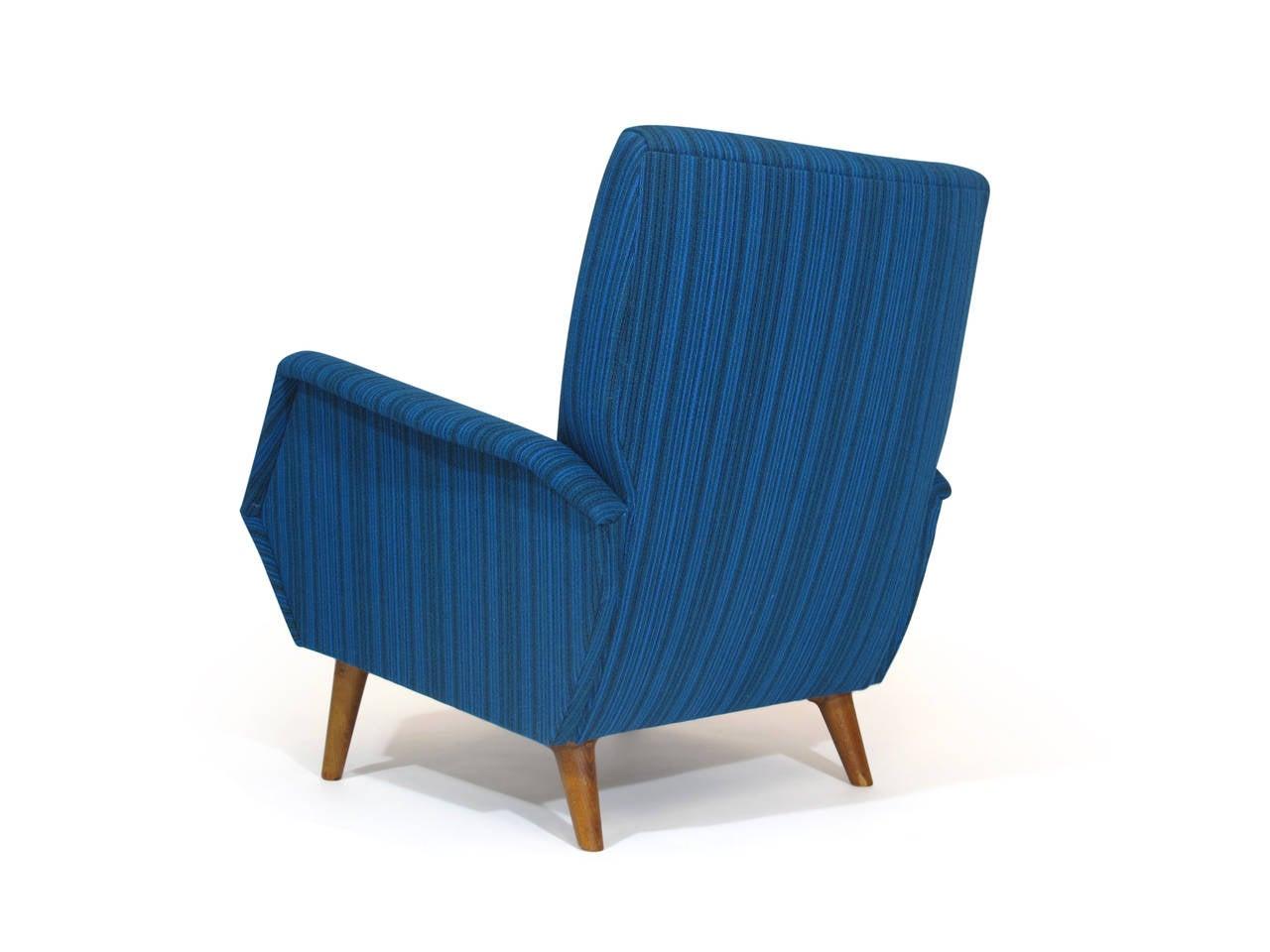 Oiled Gio Ponti Model 803 Mid-Century Italian Lounge Chair For Sale