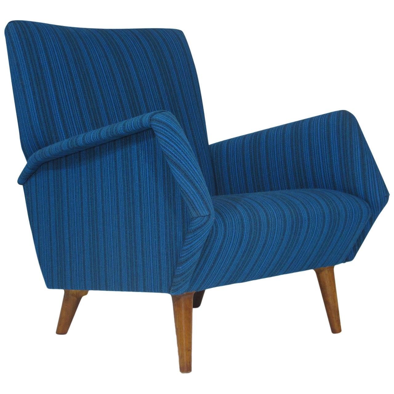 Gio Ponti Model 803 Mid-Century Italian Lounge Chair For Sale