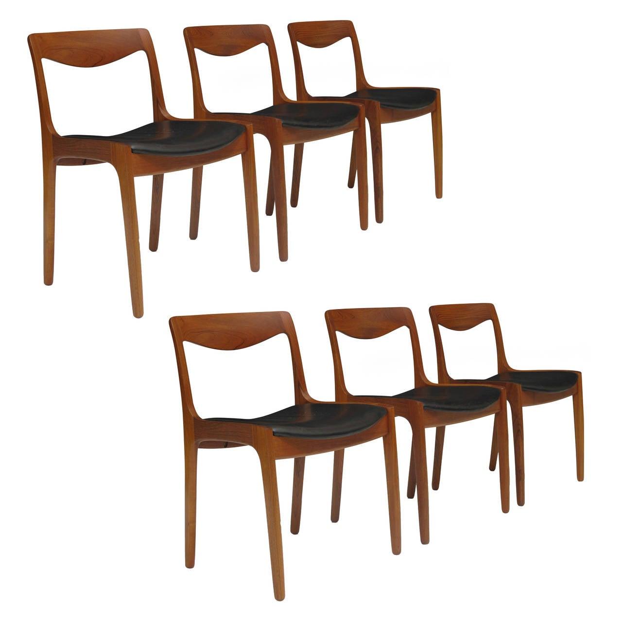 Vilhelm wohlert for p jeppesen danish teak dining chairs for P jeppesen furniture