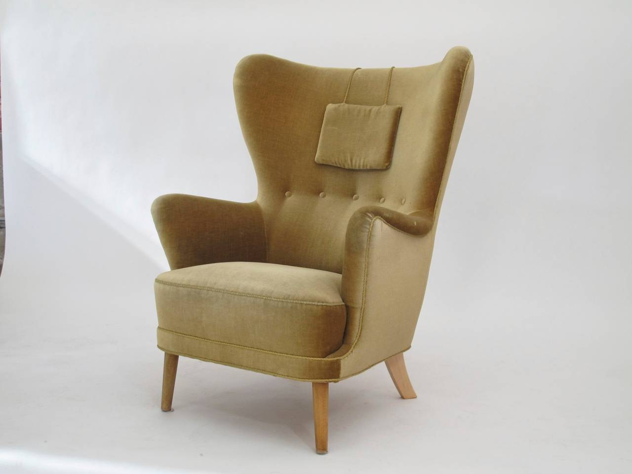 Danish Wingback Chair in Mohair For Sale 4