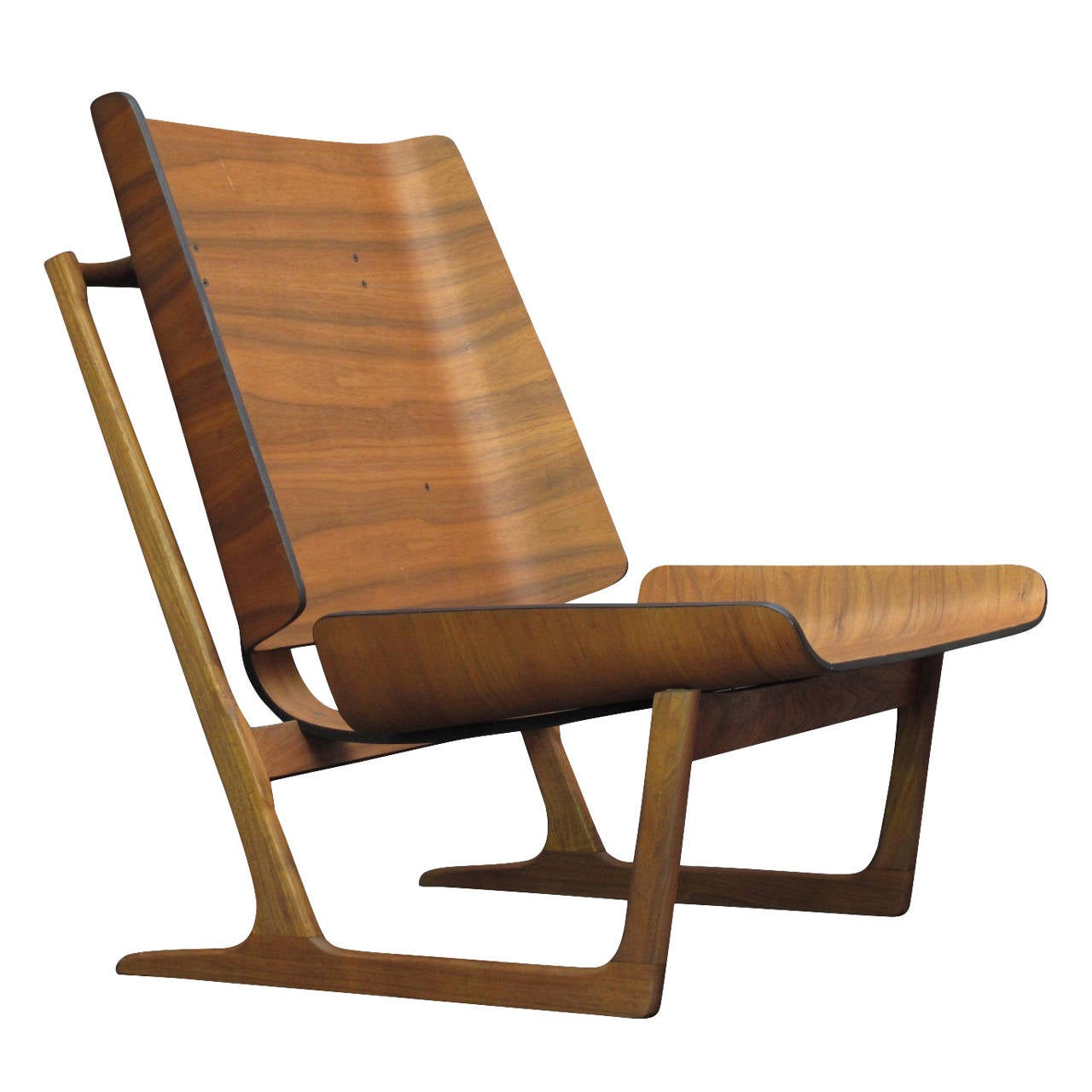 Merveilleux Grete Jalk Danish Walnut Lounge Chair For Sale