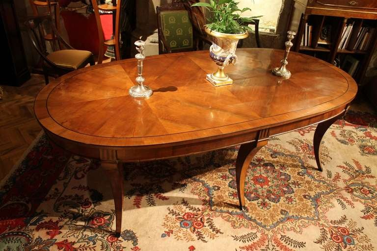 Stunning Italian 19th Century Elliptical Dining Table For
