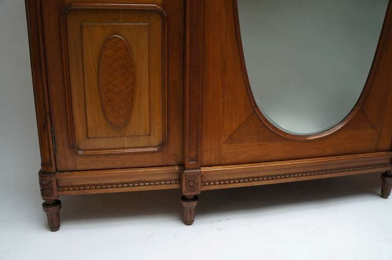 louis xv style mahogany armoire for sale at 1stdibs. Black Bedroom Furniture Sets. Home Design Ideas