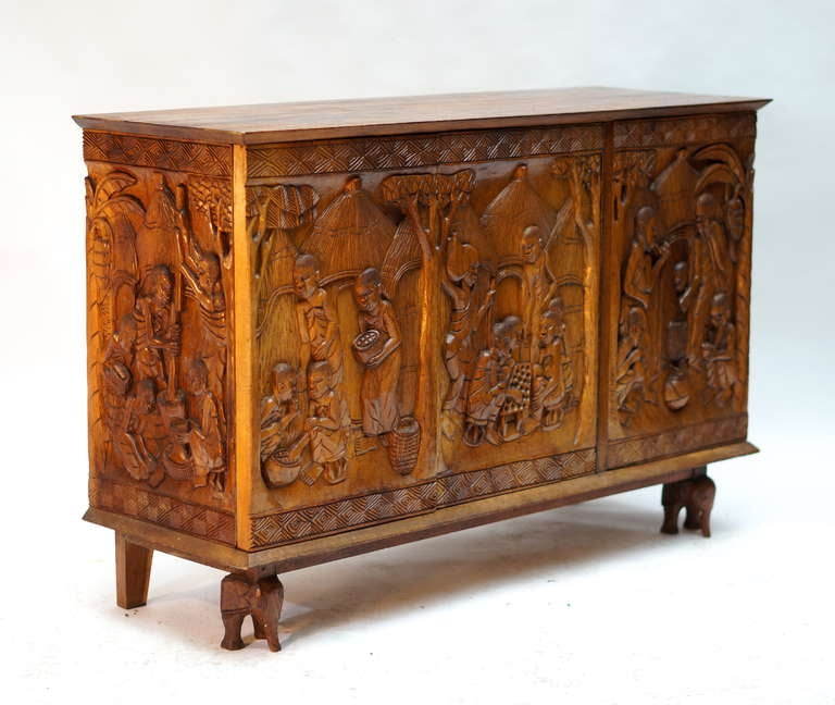 Congolese 1950s Carved Wooden Cabinet from Zaïre For Sale