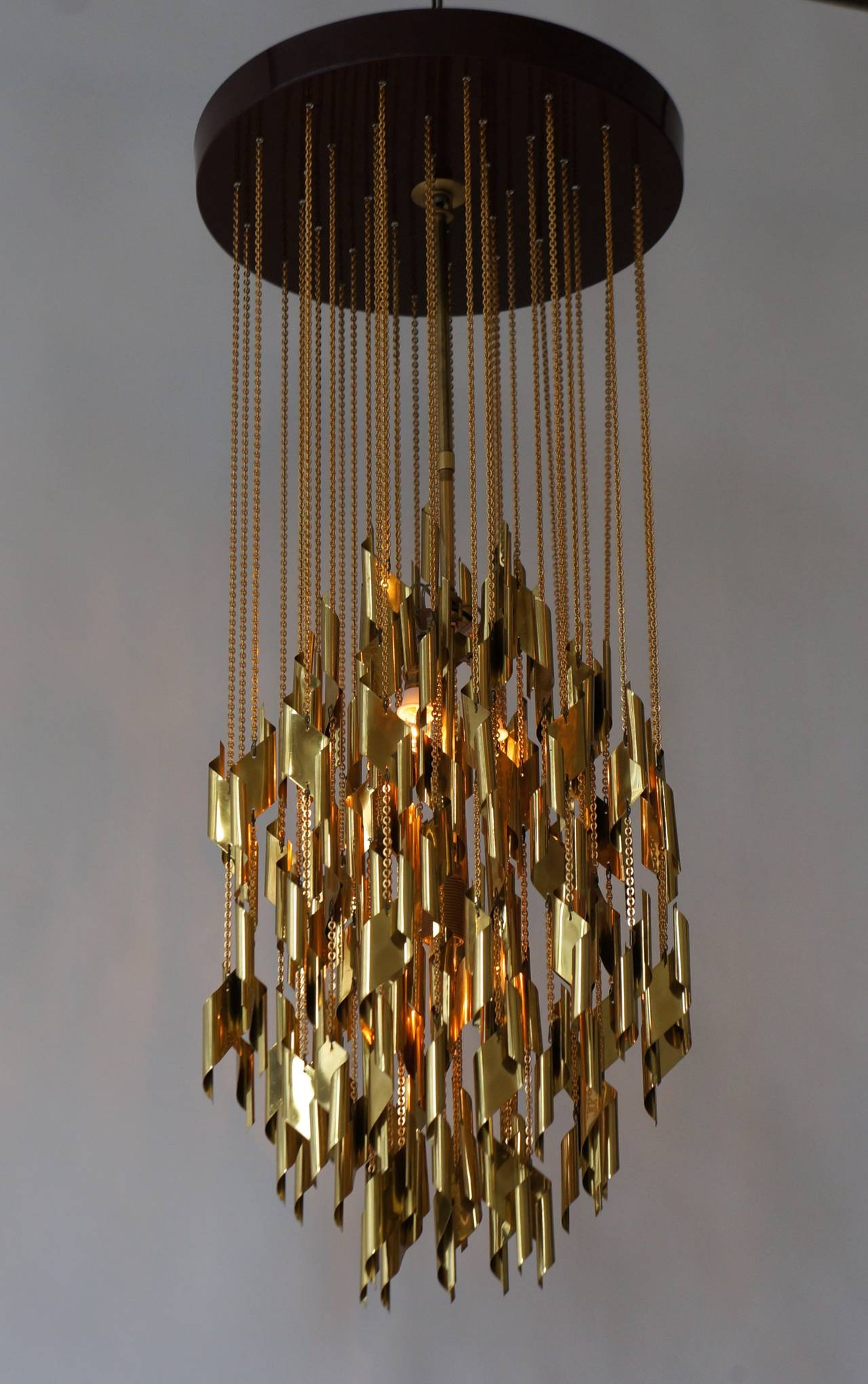 Impressive and Beautiful Chandelier In Excellent Condition For Sale In Antwerp, BE
