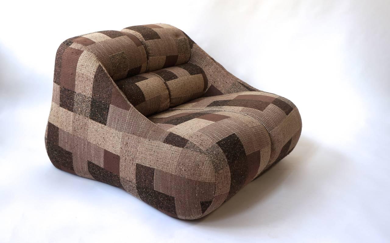 Beautiful lounge chair by D'Urbino and Lomazzi.