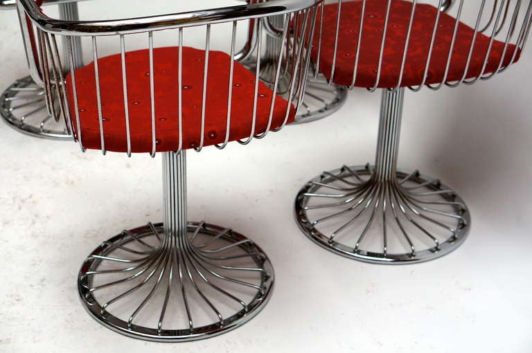 Set of Two Dining or Lounge Chairs in the Style of Warren Platner For Sale 1