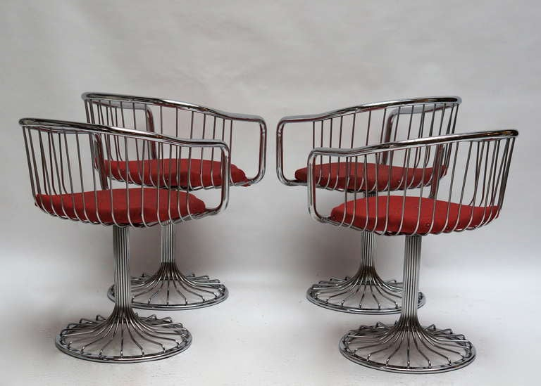 French Set of Two Dining or Lounge Chairs in the Style of Warren Platner For Sale